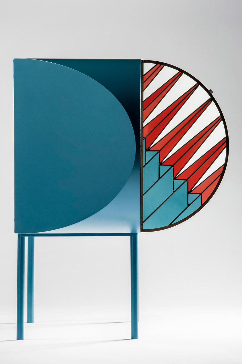 Contemporary Cabinet with Stained-Glass Doors by Patricia Urquiola (5)