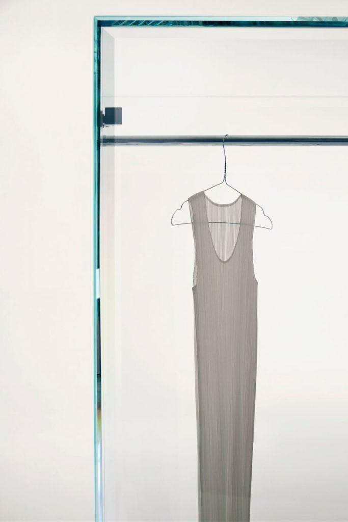 Prism Glass Cabinet by Tokujin Yoshioka For Glas Italia
