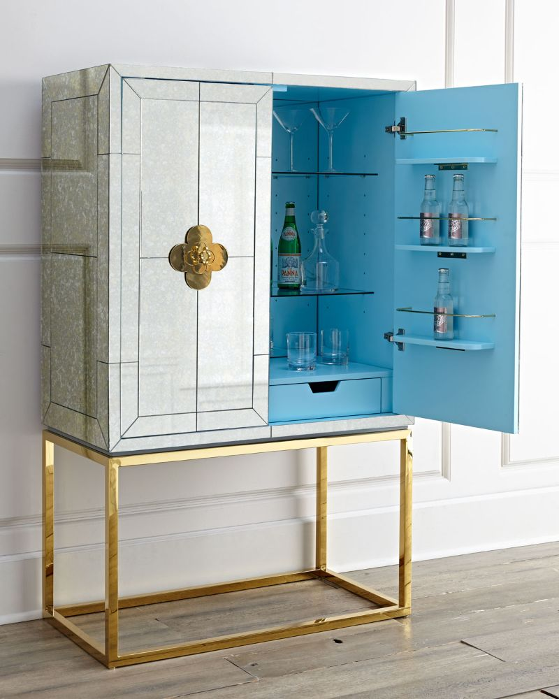 Incredible Brass Details On The Most Luxurious Modern Cabinets  Imposing Furniture: Brass Modern Cabinets For A Luxury Design Incredible Brass Details On The Most Luxurious Modern Cabinets 4