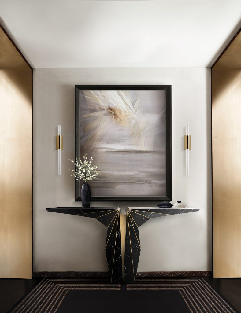 Luxury Consoles To Complement Your Entryway