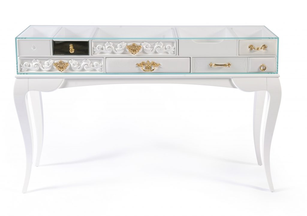 Remarkable Consoles For An Exclusive Design