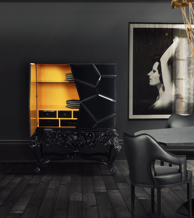 Luxury Interiors: Impactful Dusky Wall Pallet Inside A Classic Home