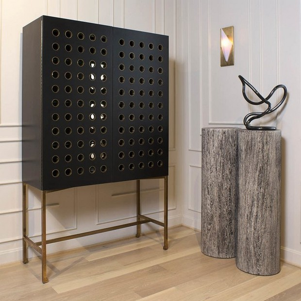 Improve Your Luxury Experience With These Bar Cabinets